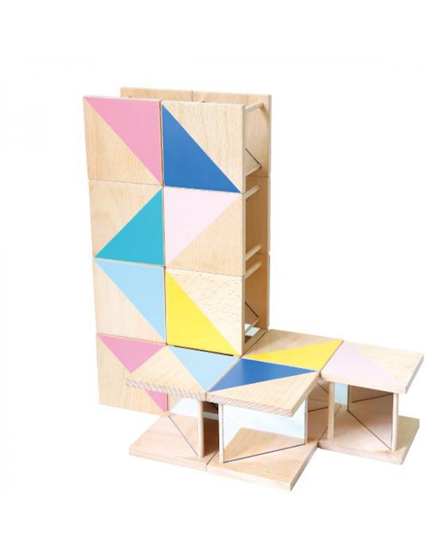 Jeu de construction en bois et miroirs – Ditto