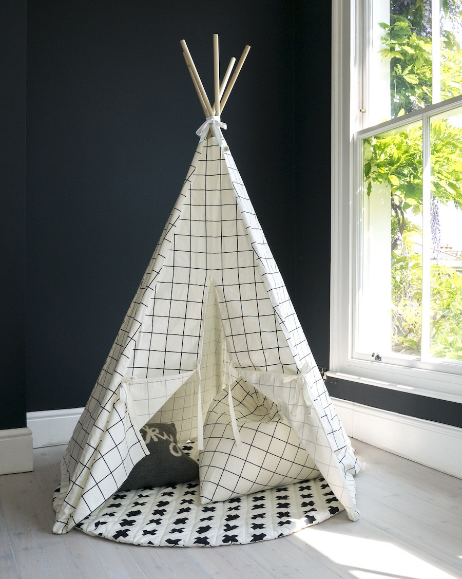 Tipi carreaux - Bordure blanche - wildfire teepee - mylowonders