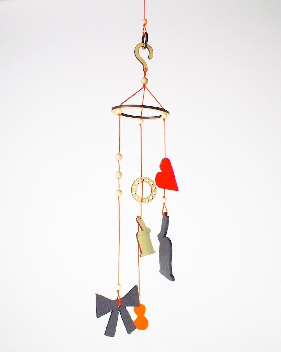 Neon orange baby mobile - andme - mylowonders
