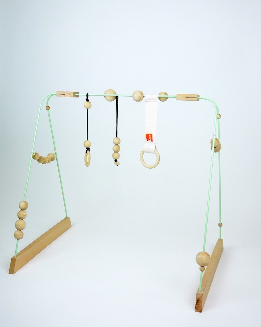 Baby gym mint, black and wood - mylowonders