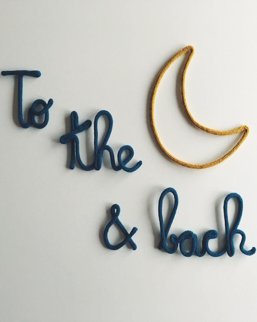 To the Moon - Décoration murale en tricotin | Charlie & June | MyloWonders