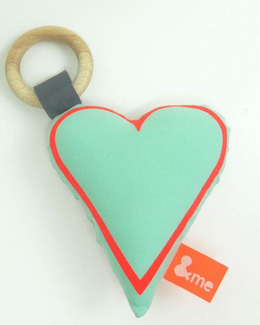 Heart teether mint and orange - MyloWonders